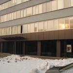"""Витрина - вход на административна сграда на """"Кока кола"""" - 10 мм сиво стъкло"""