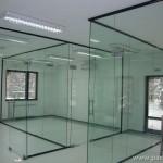 Стъклени прегради в офис