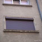 Алуминиева ролетна щора на целия прозорец, кафява, с електромотор